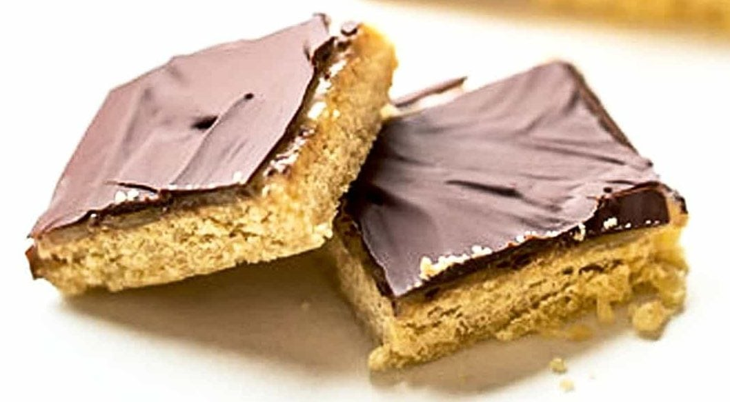 Superfoodio_VEGAN-TWIX_Recipe_YourSuperfoods